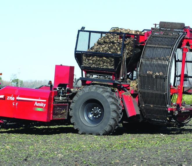 2700 wheel harvester